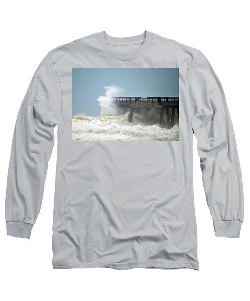 0828 Cat 1 Hurricane Isaac Crashes Into Navarre Beach Pier Long Sleeve T-Shirt