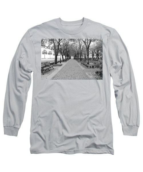 Charleston Waterfront Park Walkway - Black And White Long Sleeve T-Shirt