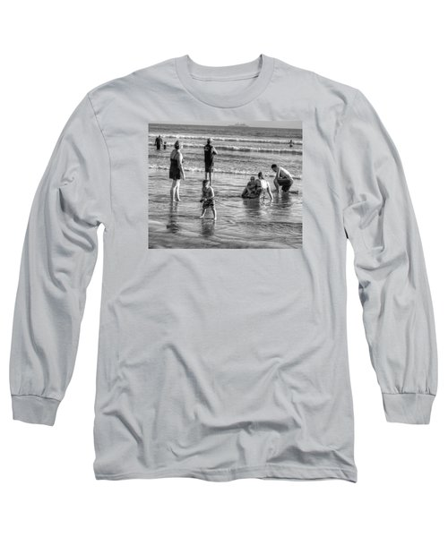 Coronado Beach Tourist Long Sleeve T-Shirt