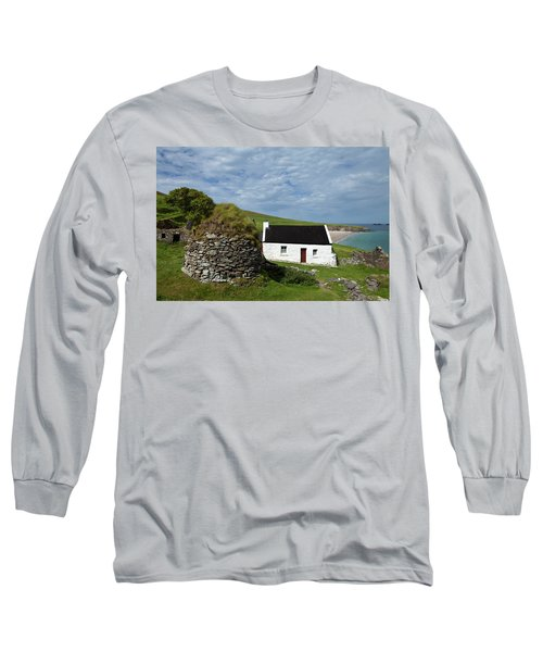 Cottage And Deserted Cottages On Great Long Sleeve T-Shirt