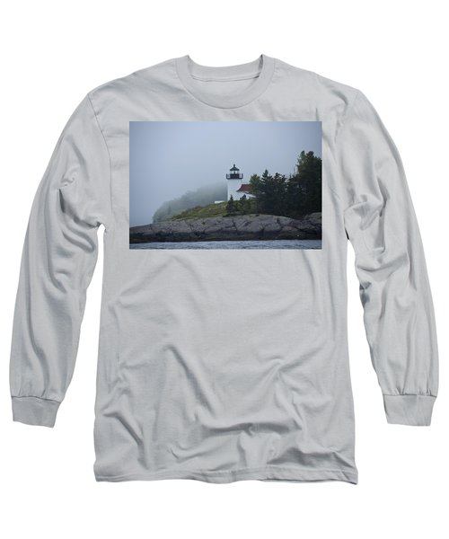 Long Sleeve T-Shirt featuring the photograph Curtis Island Lighthouse by Daniel Hebard