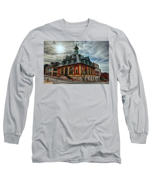 Customs House Museum Long Sleeve T-Shirt