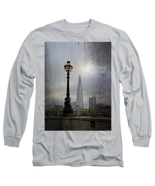 Dolphin Lamp Posts London Long Sleeve T-Shirt