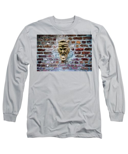 Face Fountain In Pirates Courtyard Long Sleeve T-Shirt