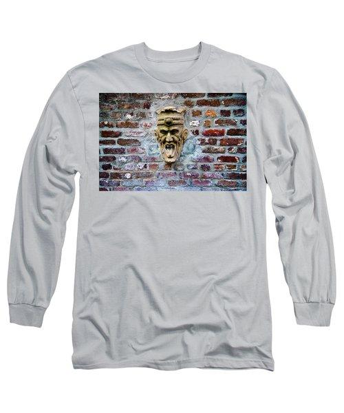 Face Fountain In Pirates Courtyard Long Sleeve T-Shirt