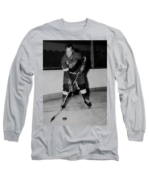 Gordie Howe Poster Long Sleeve T-Shirt