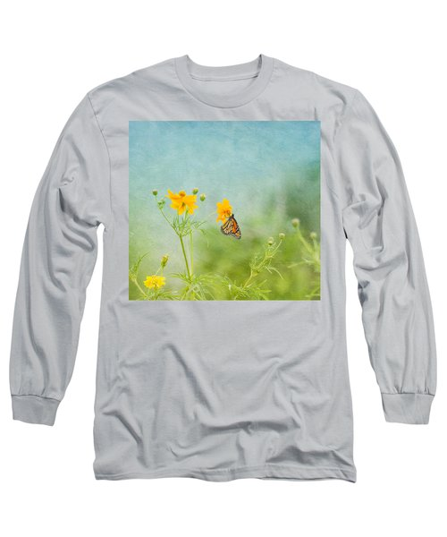 In The Garden - Monarch Butterfly Long Sleeve T-Shirt