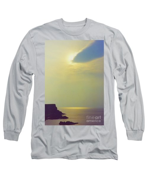 Ireland Giant's Causeway Ethereal Light Long Sleeve T-Shirt
