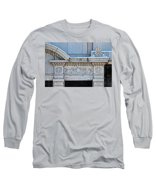 Lincoln County Courthouse Door Arch Long Sleeve T-Shirt