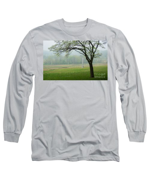 Long Sleeve T-Shirt featuring the photograph Morning Fog At The Monument by Rima Biswas
