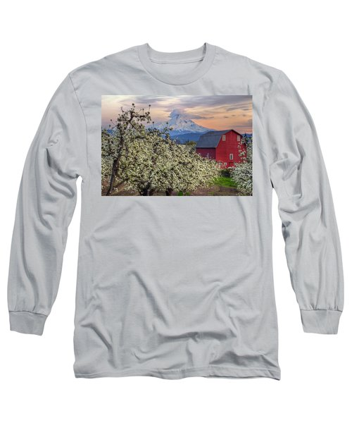 Red Barn In Hood River Pear Orchard Long Sleeve T-Shirt