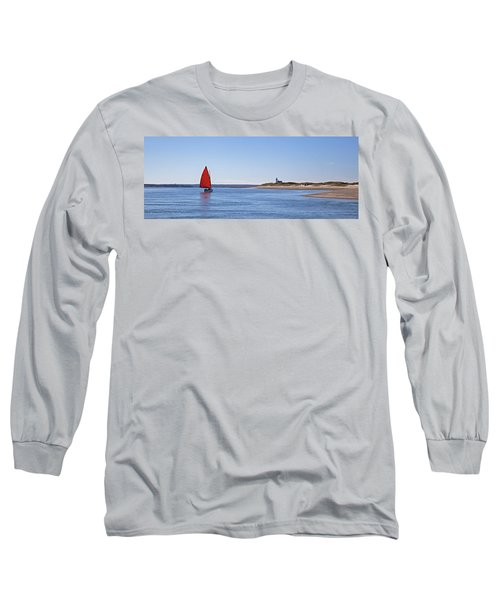 Ripple Catboat With Red Sail And Lighthouse Long Sleeve T-Shirt