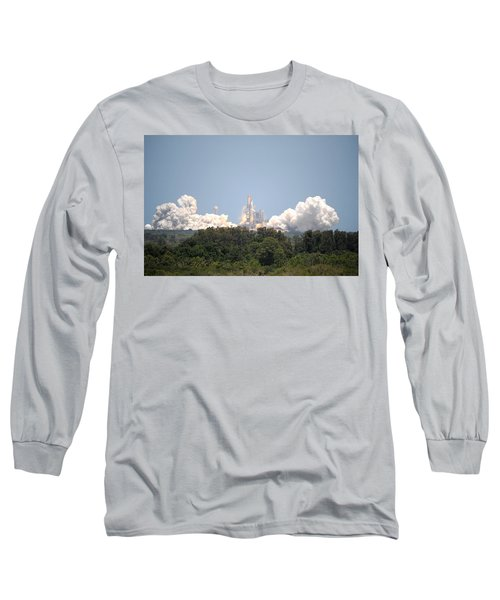 Long Sleeve T-Shirt featuring the photograph Sts-132, Space Shuttle Atlantis Launch by Science Source