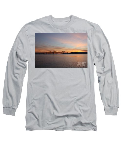 Sunset Over The Tappan Zee Bridge Long Sleeve T-Shirt by John Telfer
