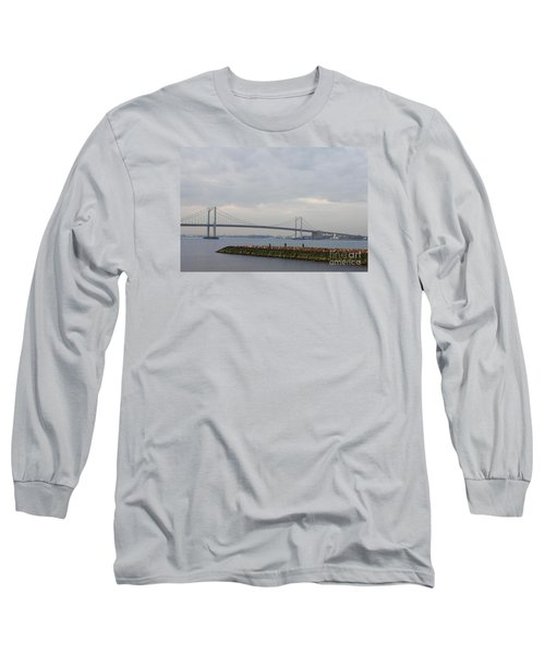 Long Sleeve T-Shirt featuring the photograph The Throgs Neck Bridge by John Telfer