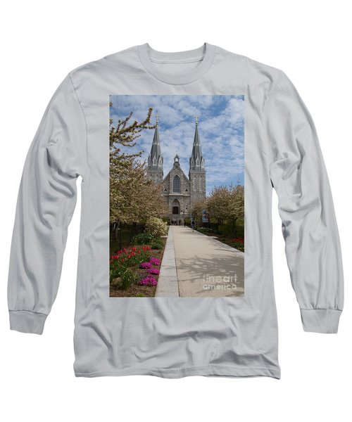 Villanova University Main Chapel  Long Sleeve T-Shirt