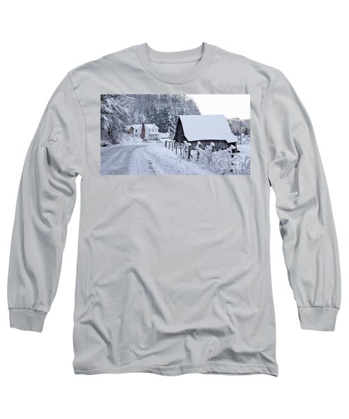 Winter In Virginia Long Sleeve T-Shirt by Benanne Stiens