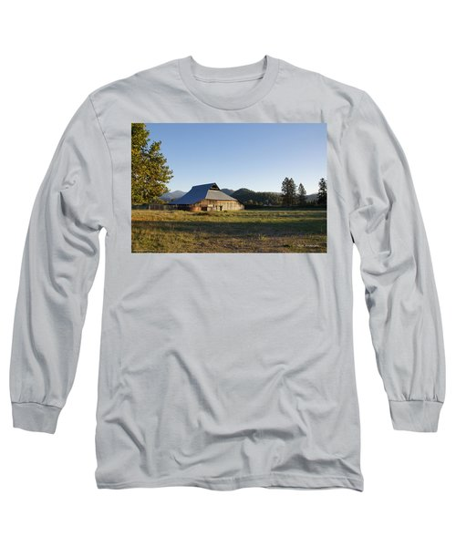 Barn In The Applegate Long Sleeve T-Shirt by Mick Anderson