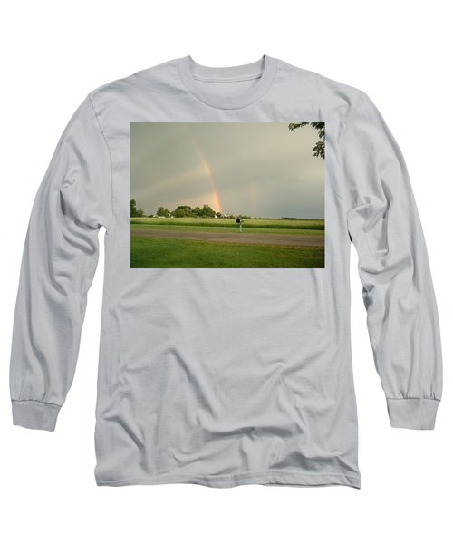 Long Sleeve T-Shirt featuring the photograph Ray Bow by Bonfire Photography
