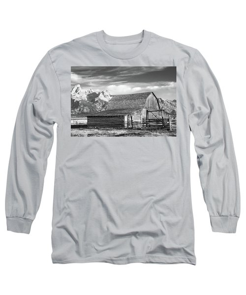 Long Sleeve T-Shirt featuring the photograph Moulton Homestead - Barn by Colleen Coccia