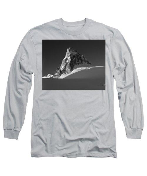 1m2716-bw Sunrise On Pigeon Spire Long Sleeve T-Shirt