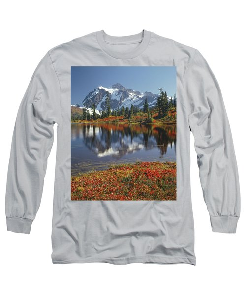 1m4208 Mt. Shuksan And Picture Lake Long Sleeve T-Shirt