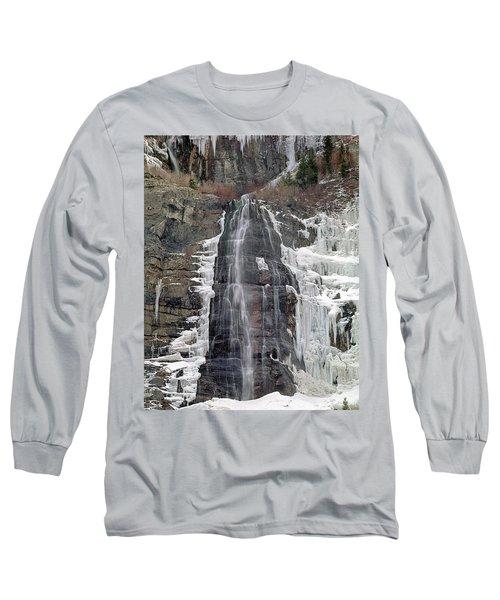 212m40 Bridal Veil Falls Utah Long Sleeve T-Shirt