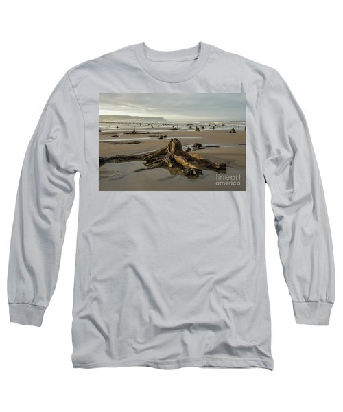 Bronze Age Sunken Forest At Borth On The West Wales Coast Uk Long Sleeve T-Shirt