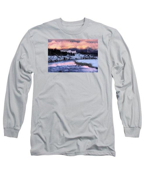 Alpenglow Over The Mount Washington Hotel Long Sleeve T-Shirt