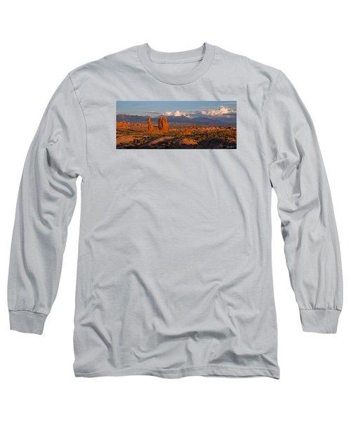 Balanced Rock And Summer Clouds At Sunset Long Sleeve T-Shirt