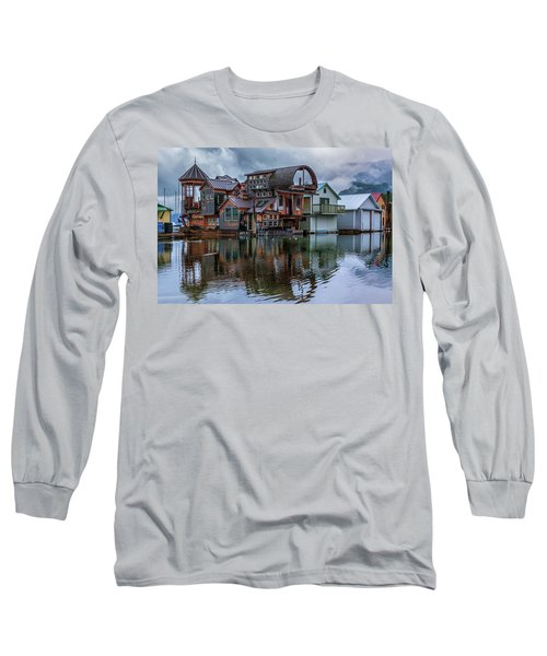 Bayview Houseboat Long Sleeve T-Shirt