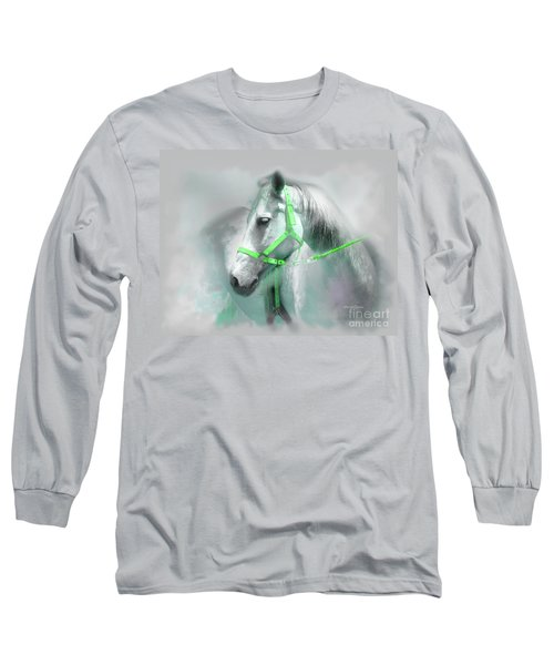 Long Sleeve T-Shirt featuring the photograph Belleza by Alfonso Garcia