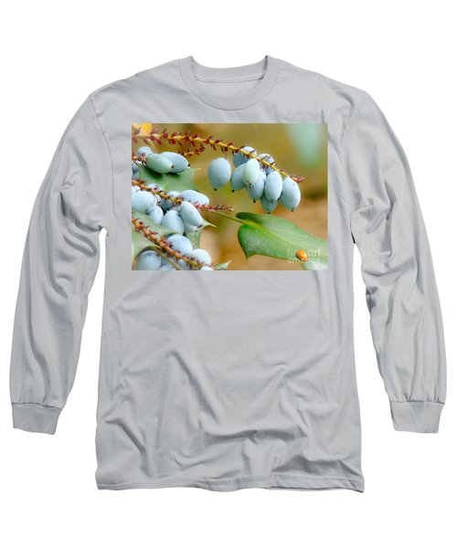 Long Sleeve T-Shirt featuring the photograph Berrylicious  by Rand Herron