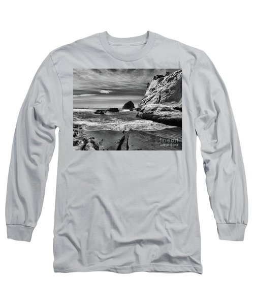 Cape Kiwanda Seascape Long Sleeve T-Shirt