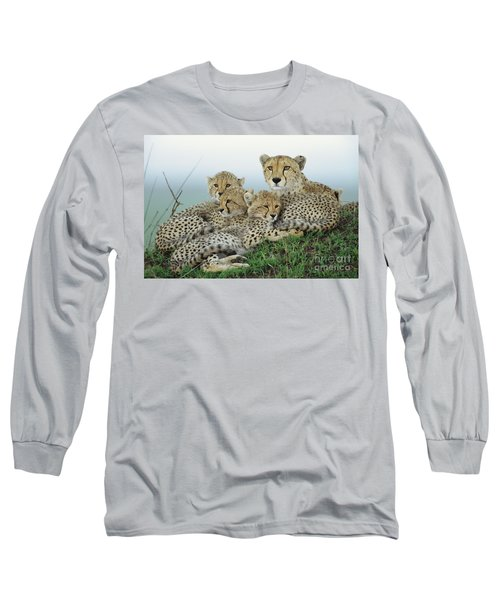 Cheetah And Her Cubs Long Sleeve T-Shirt