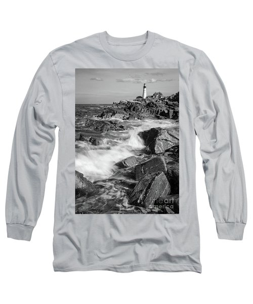 Crashing Waves, Portland Head Light, Cape Elizabeth, Maine  -5605 Long Sleeve T-Shirt