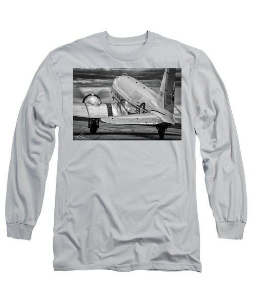 Dc3 Taxiing For Departure Long Sleeve T-Shirt