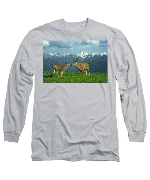 Ma-181-deer In Love  Long Sleeve T-Shirt