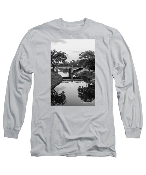 Delaware Creek At Dawn Long Sleeve T-Shirt