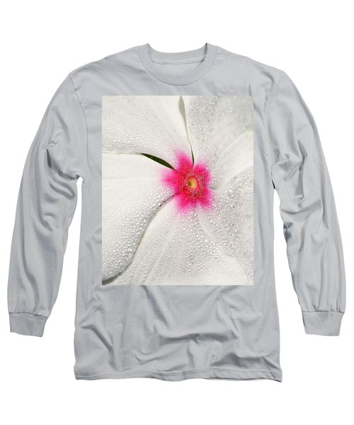 Dew-sprinkled Periwinkle Long Sleeve T-Shirt