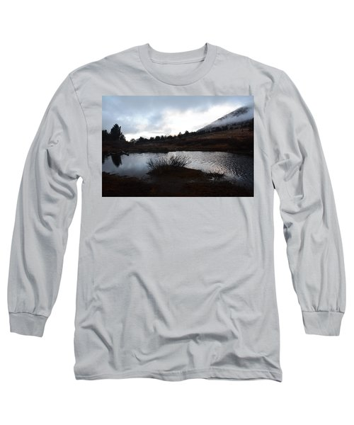 Early Morning At Favre Lake Long Sleeve T-Shirt