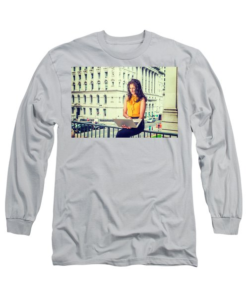 East Indian American Businesswoman In New York Long Sleeve T-Shirt