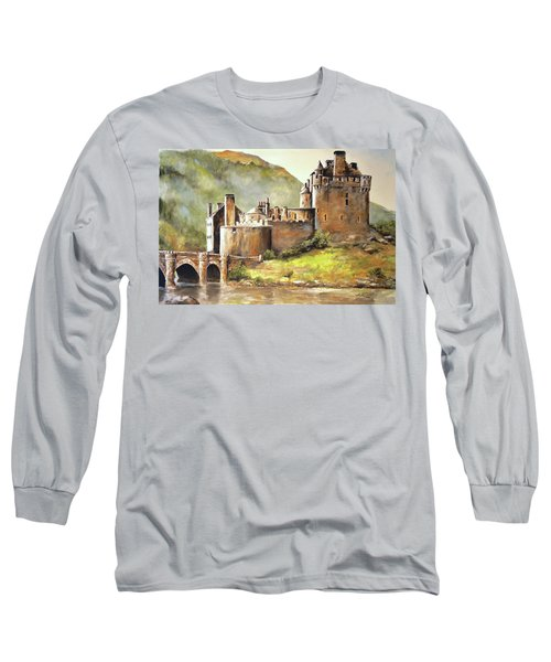 Eilean Donan Castle Long Sleeve T-Shirt