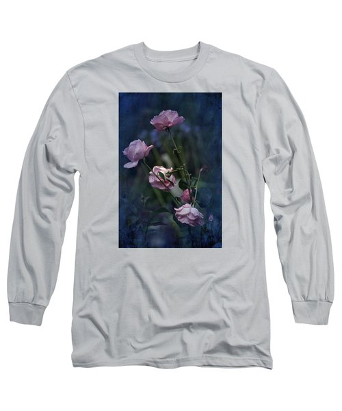 Four Roses Of August Long Sleeve T-Shirt by Richard Cummings