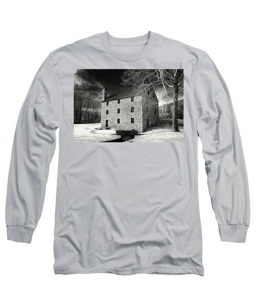 George Washingtons Gristmill Long Sleeve T-Shirt by Paul Seymour