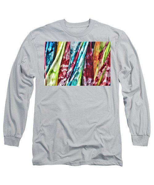 Hanging Color Long Sleeve T-Shirt