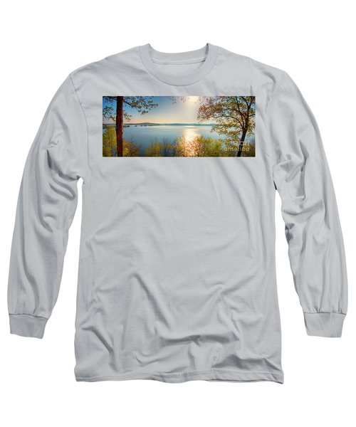Long Sleeve T-Shirt featuring the photograph Kentucky Lake by Ricky L Jones