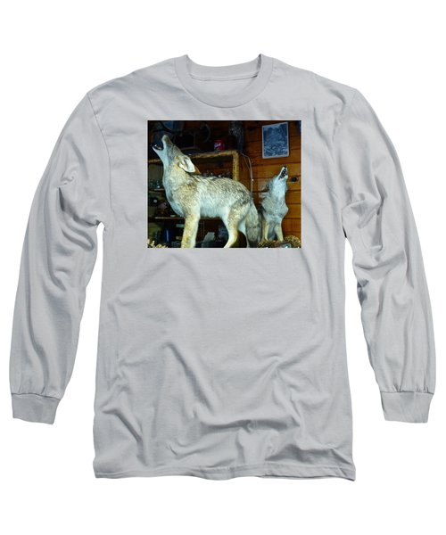 Kings Canyon Lodge Coyotes Long Sleeve T-Shirt