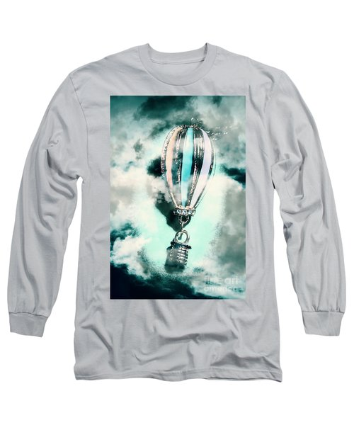 Little Hot Air Balloon Pendant And Clouds Long Sleeve T-Shirt