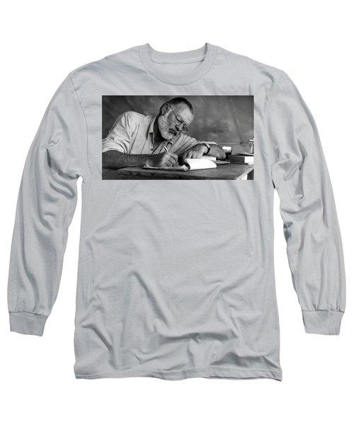 Love Of Writing - Ernest Hemingway Long Sleeve T-Shirt
